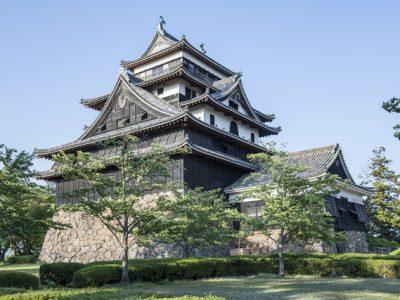 松江城【国宝5城】の歴史と観光ガイド