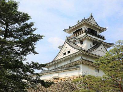 高知城【重文7城】の歴史と観光ガイド