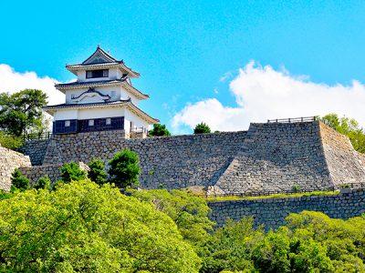 香川県に行くなら観光したい城3選!